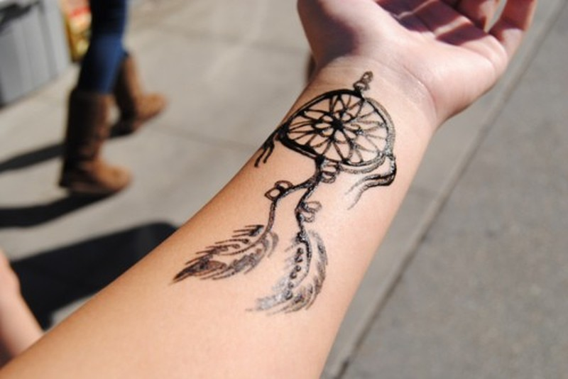 Henna Dream Catcher Design On Wrist Tattoo Tattoos Book 65 000