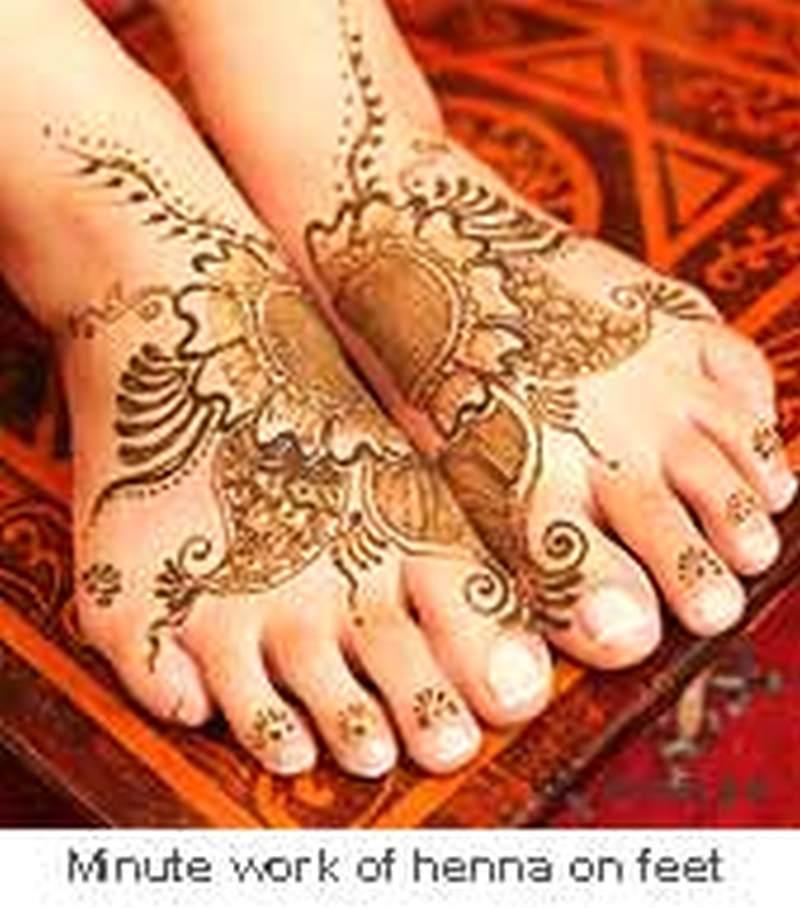 Henna minute work tattoo for feet