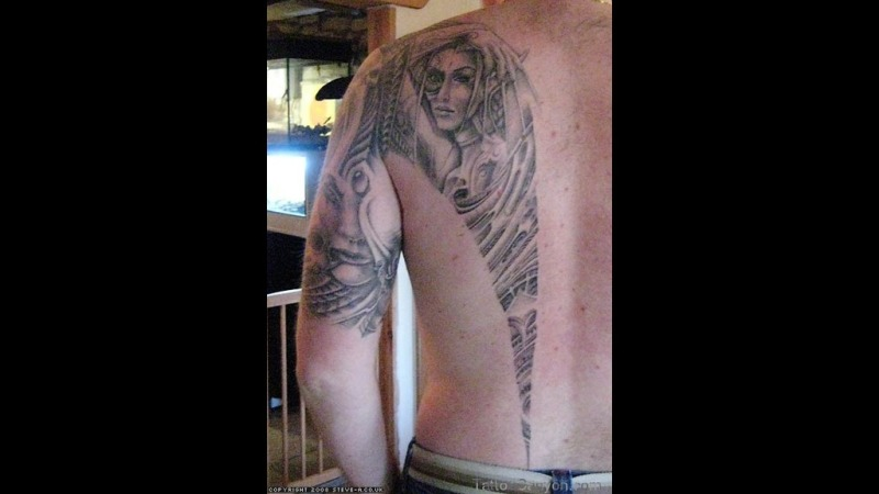 Latest biomechanical design art tattoo