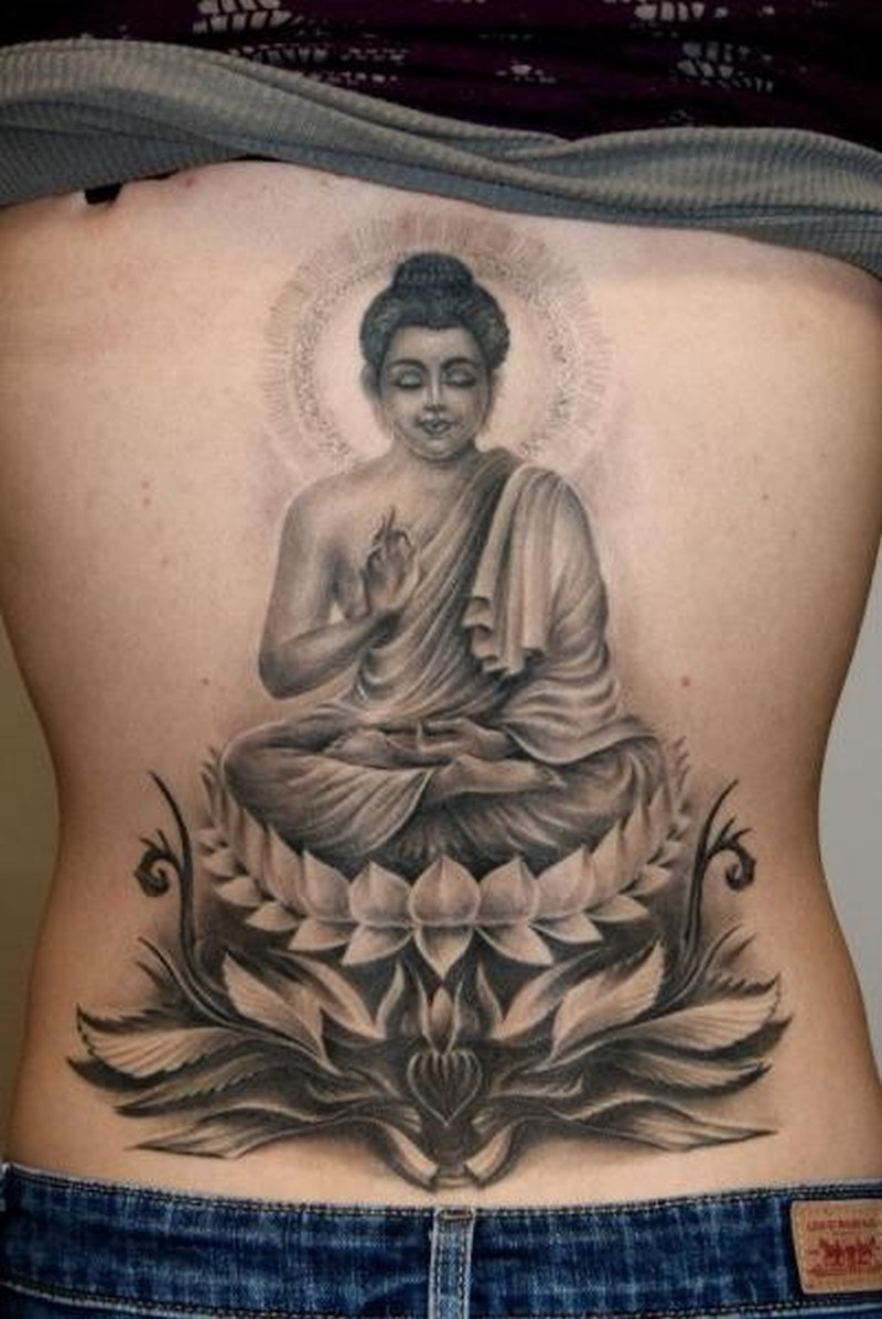 b9ea5fe1956e9 Realistic meditating buddha tattoo on back - Tattoos Book - 65.000 ...