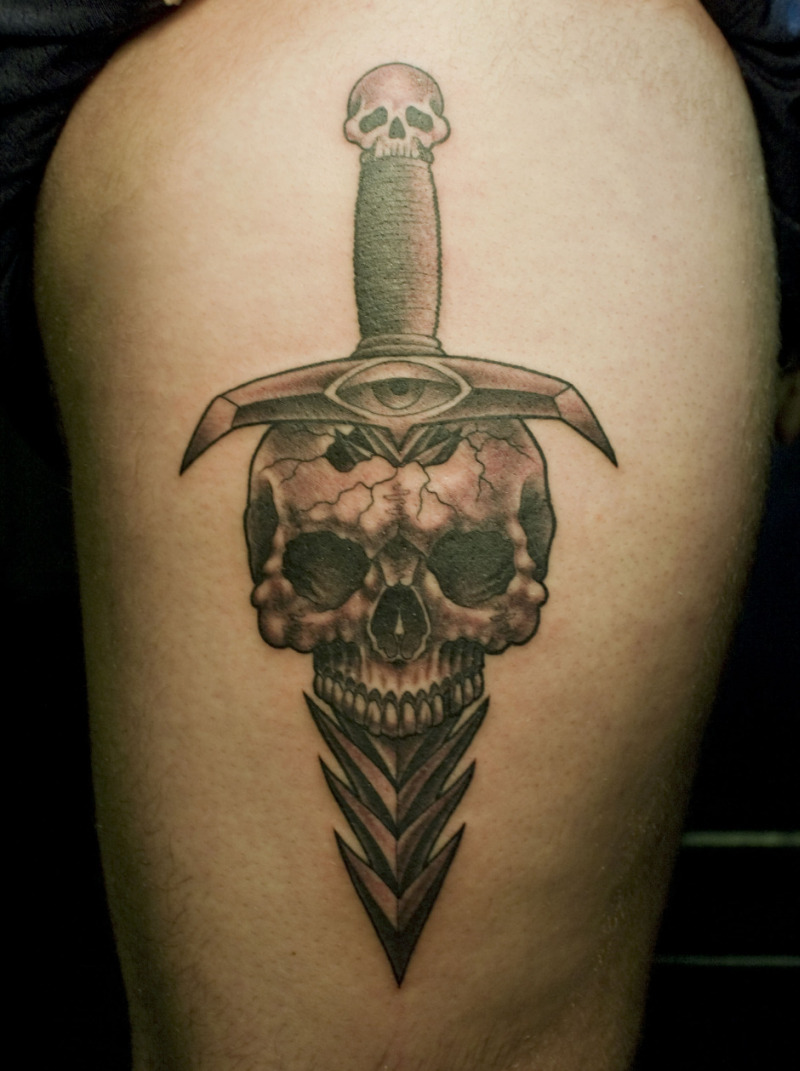Skull dagger tattoo design 2