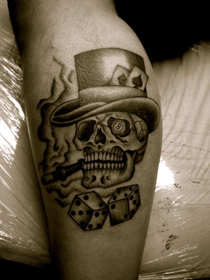 Skull n dices gambling tattoo design