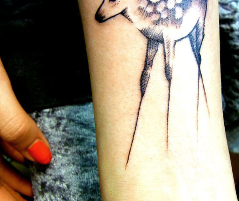 Slim legs deer tattoo design