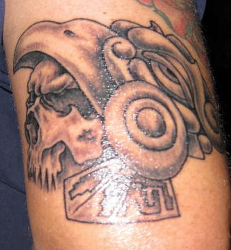 Tattoo aztec52