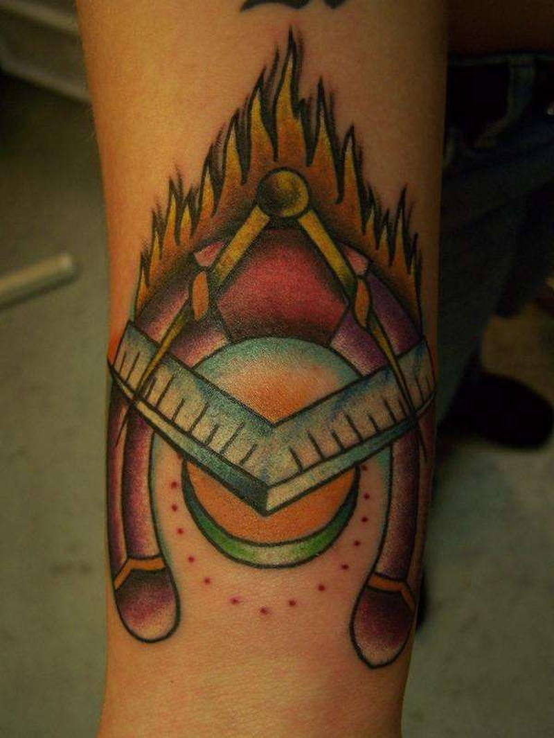 Tattoo bluehorseshoetattoopicture2