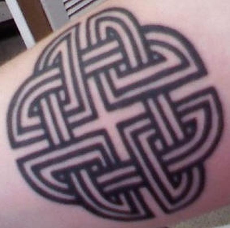Tattoo celticknottattoo