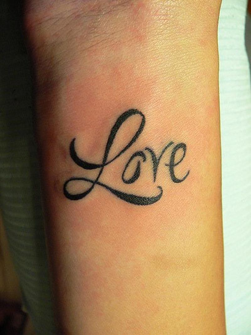 Фото тату надписи про любовь