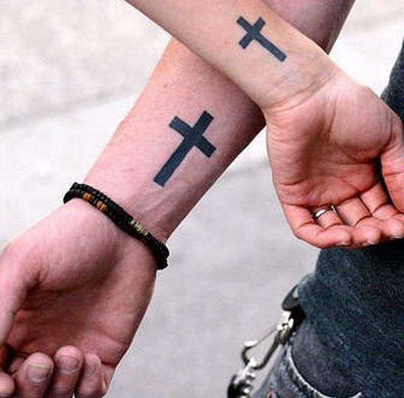 Что означает тату крест