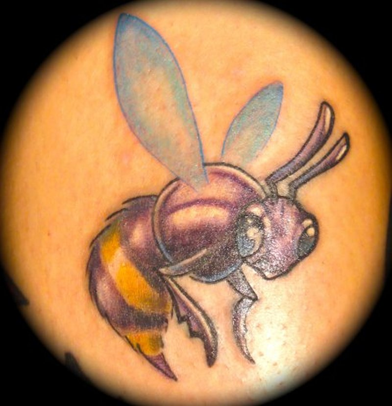 Terrific bumblebee tattoo