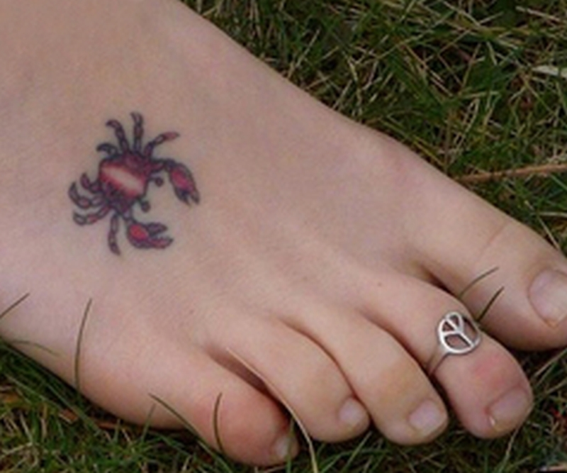 53cf3a8d3569f Tiny crab tattoo on foot - Tattoos Book - 65.000 Tattoos Designs