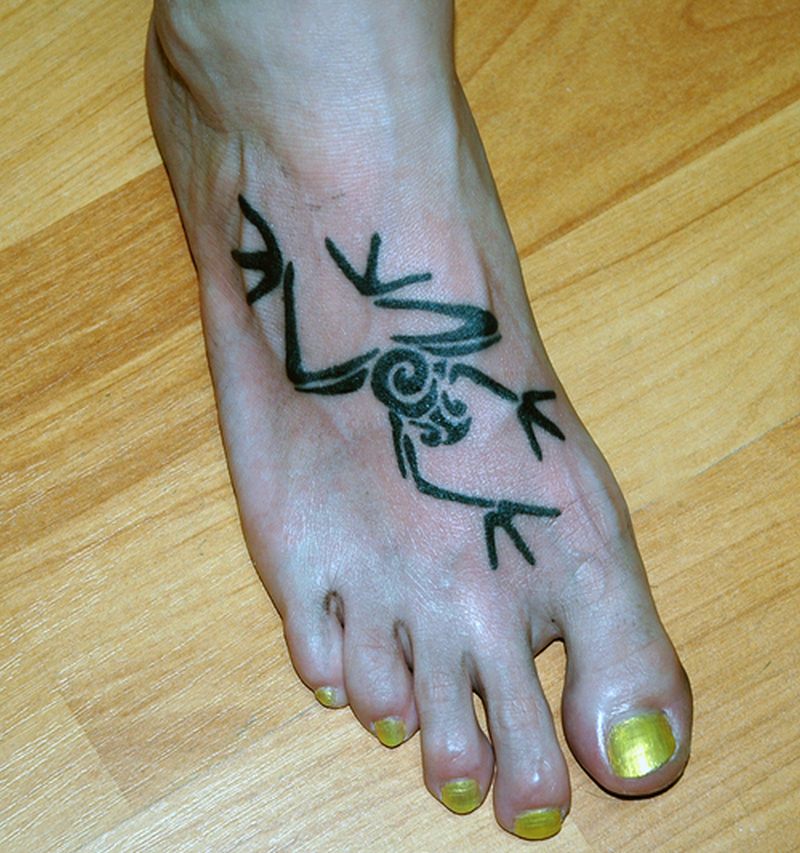 6289e79da8690 Tribal frog tattoo on foot - Tattoos Book - 65.000 Tattoos Designs