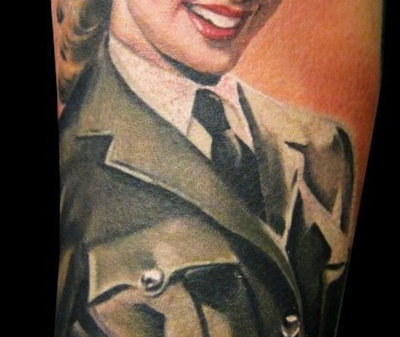 Vintage military pin up girl tattoo by Matteo Pasqualin