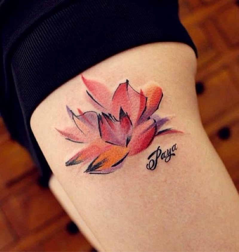 Watercolor tattoo on leg