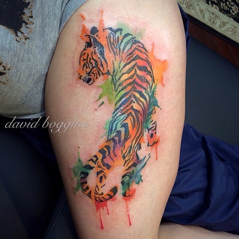 Watercolor tattoo tiger on leg