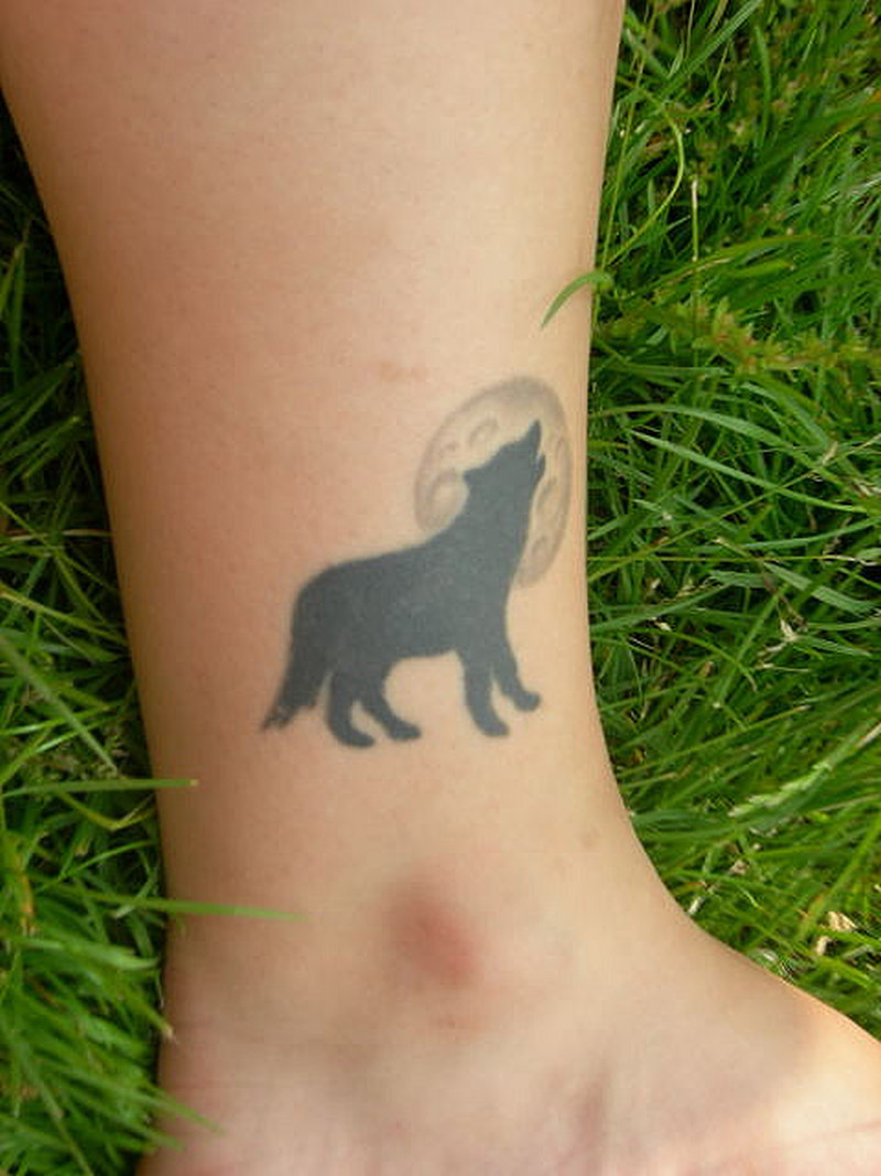 Wolf tattoo design for ankle