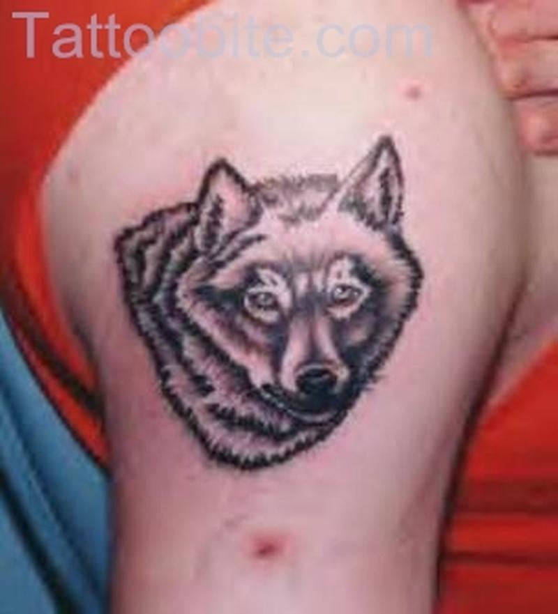 Simple Wolf Tattoo