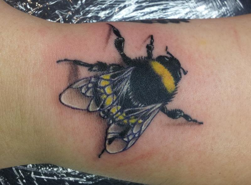 A bumblebee tattoo