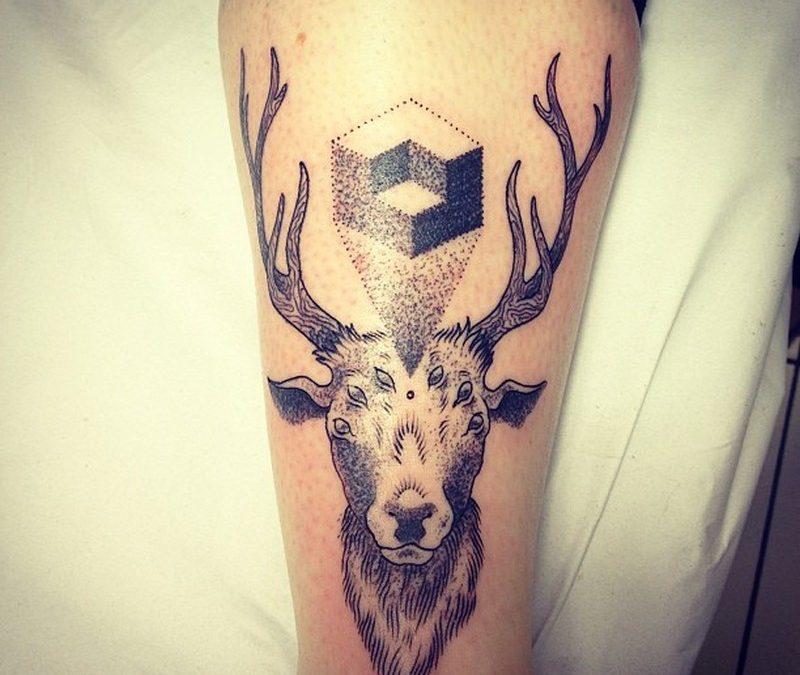 Animal deer tattoo design 3