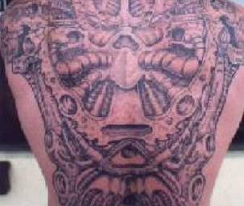 Big alien tattoo design for man