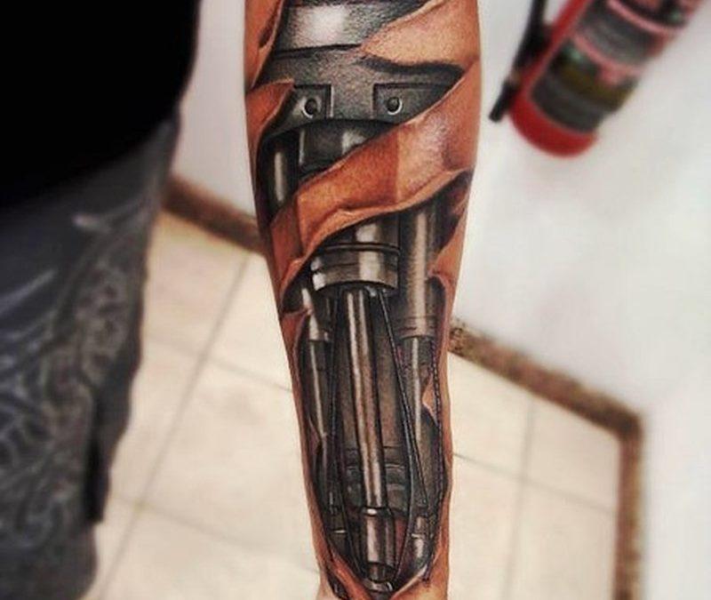 Biomechanical tattoo design for forearm
