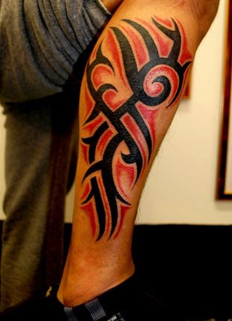 Black and red tribal tattoo1