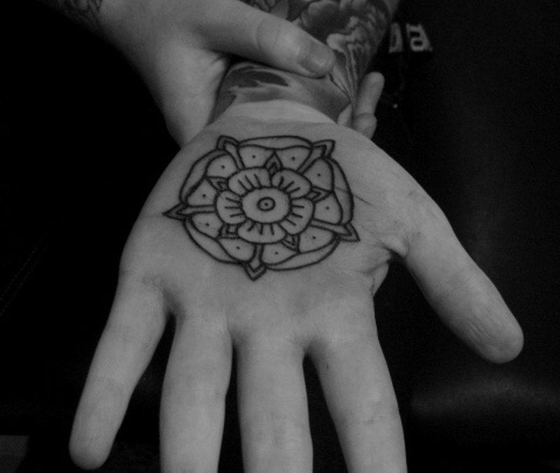 Black n white palm tattoo design