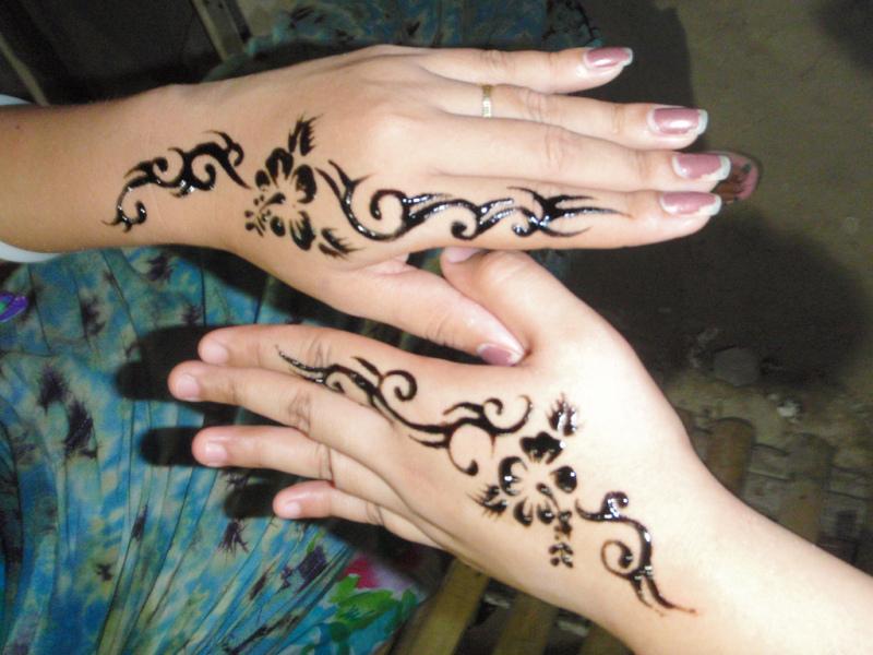 Couple henna hand tattoo designs
