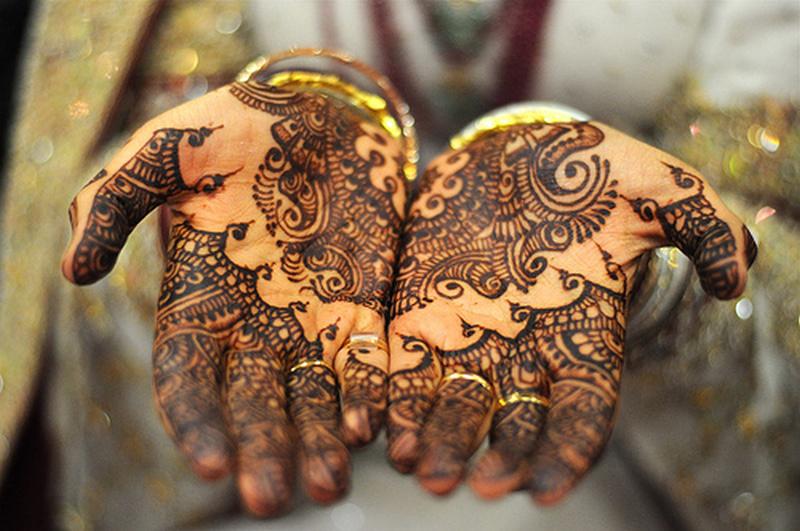 Henna tattoo craze