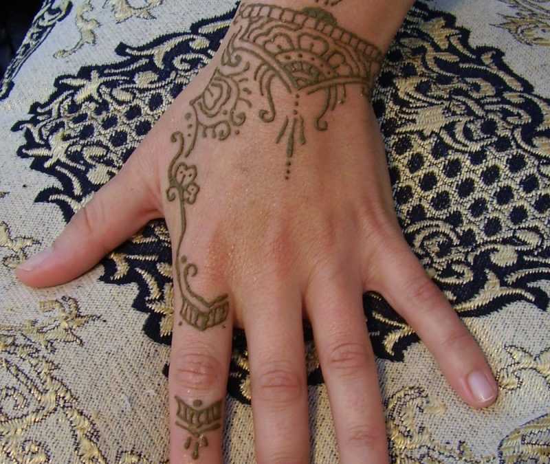 Henna tattoo design for kids
