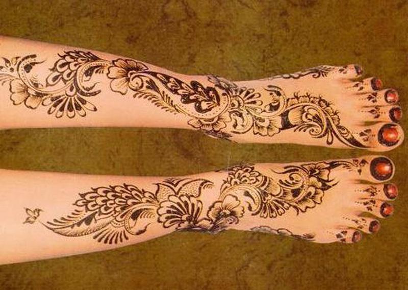 Henna tattoo designs on leg n feet