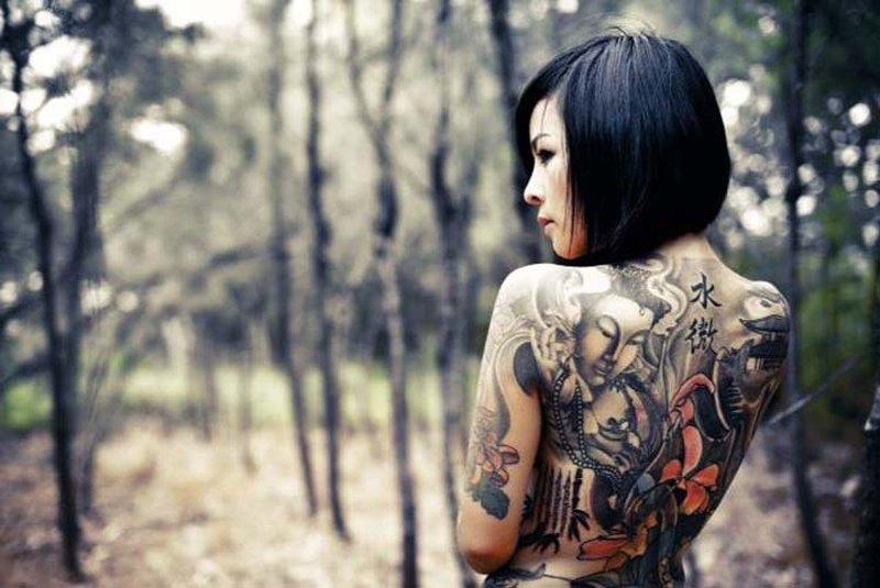 Sexy full body tattoo design