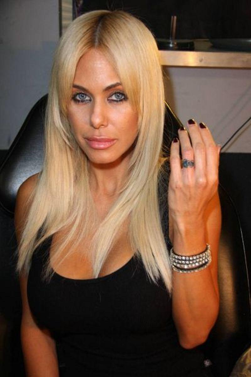 She have amazing eyes n ring finger tattoo